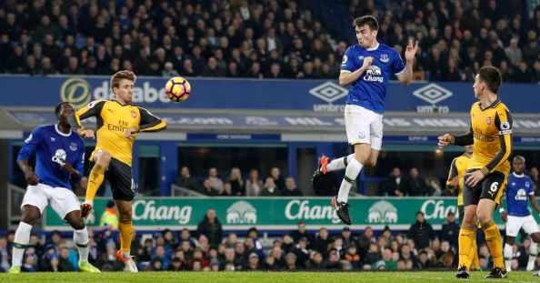 Evertons-Seamus-Coleman-scores-their-first-goal.jpg